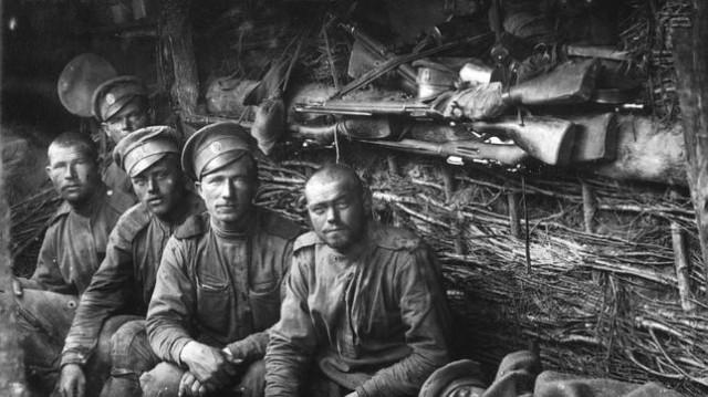 Soldados rusos de la Primera Guerra Mundial. Quizá alguno de ellos poblara las pesadillas de las buenas señoras inglesas